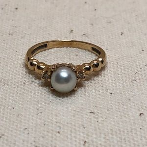 Jewelry - Vintage 14k gold pearl diamond ring size 5